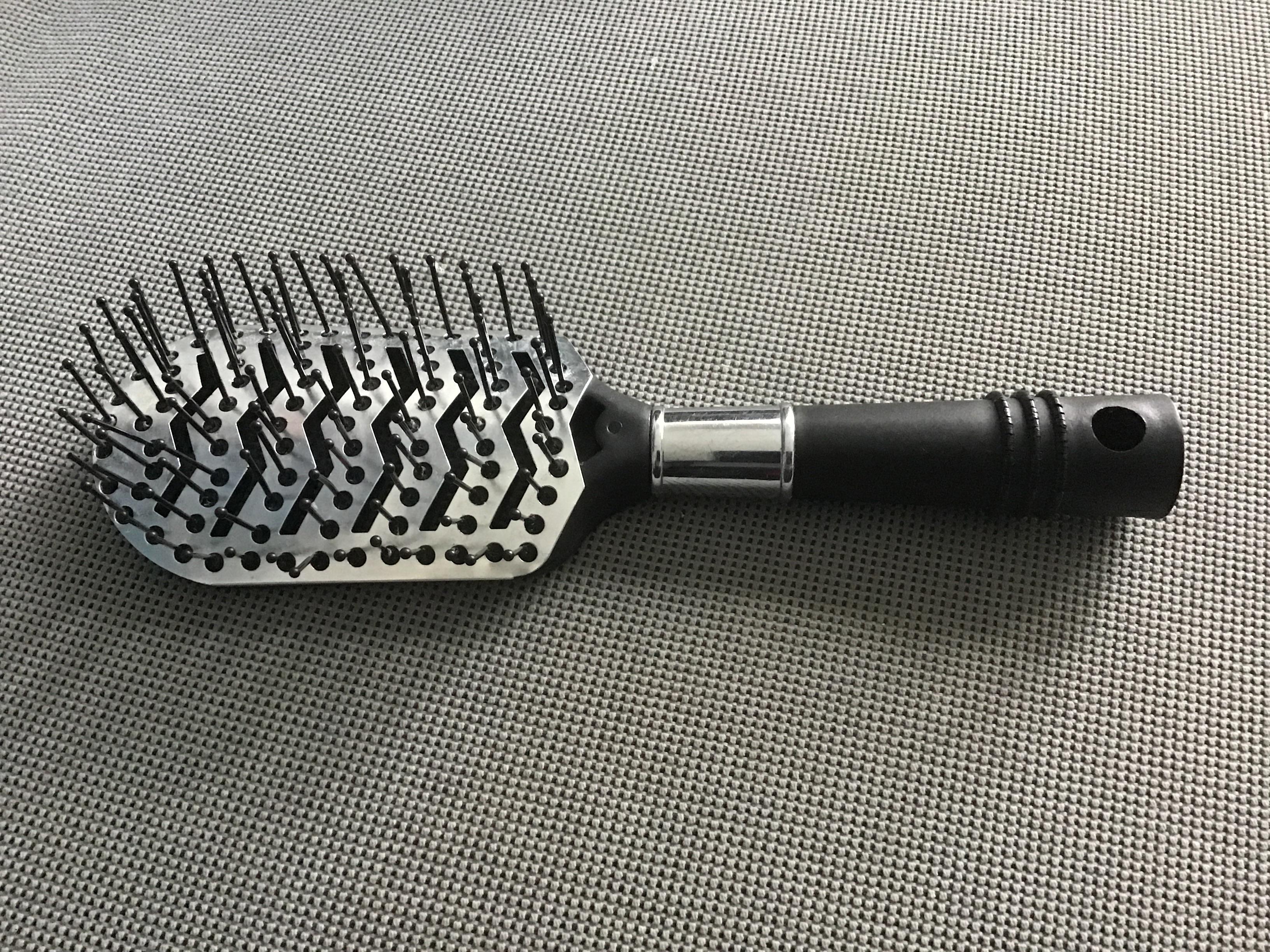 Haarbürste Silber/schwarz  tauschen