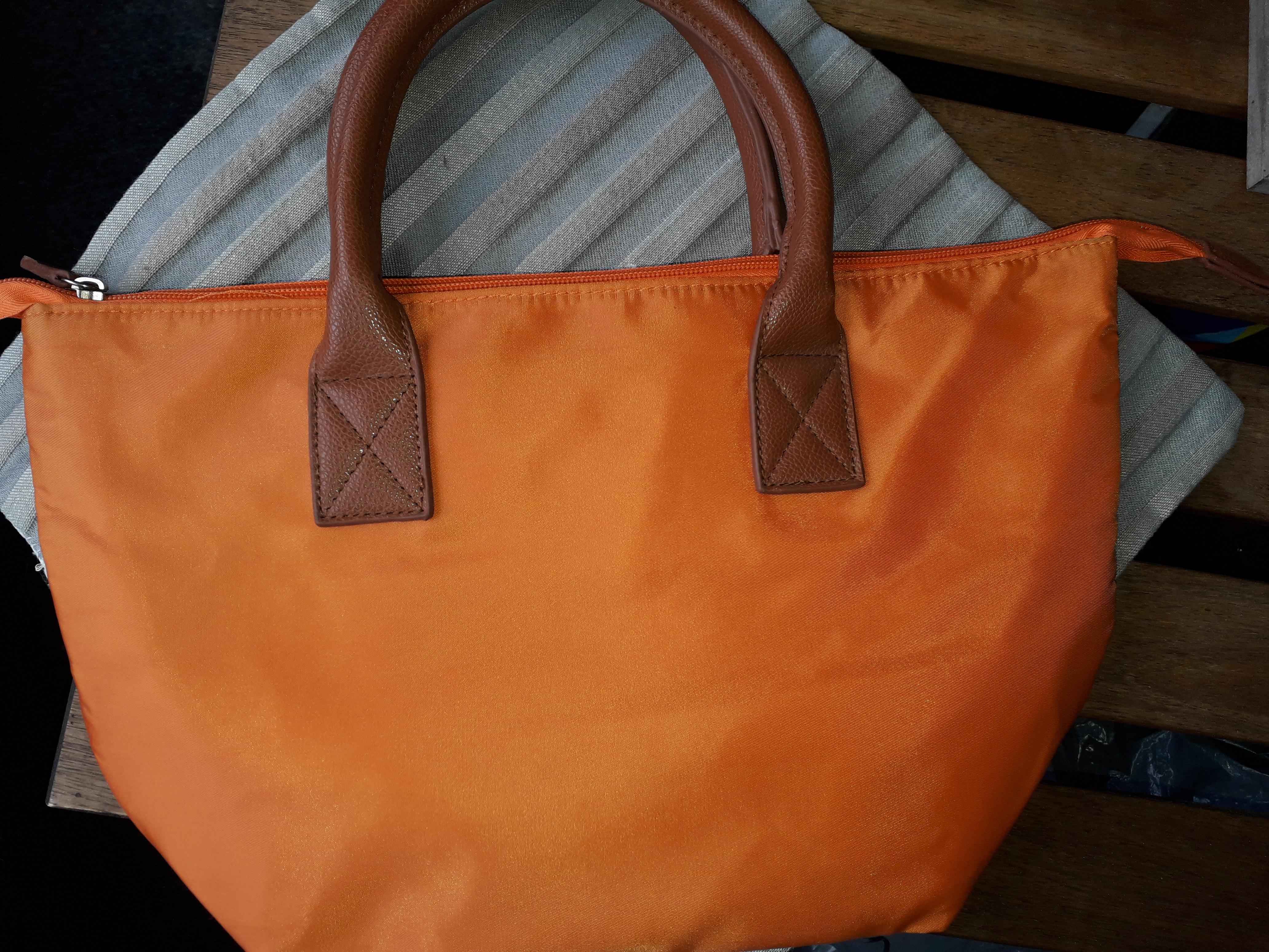 Tasche orange tauschen
