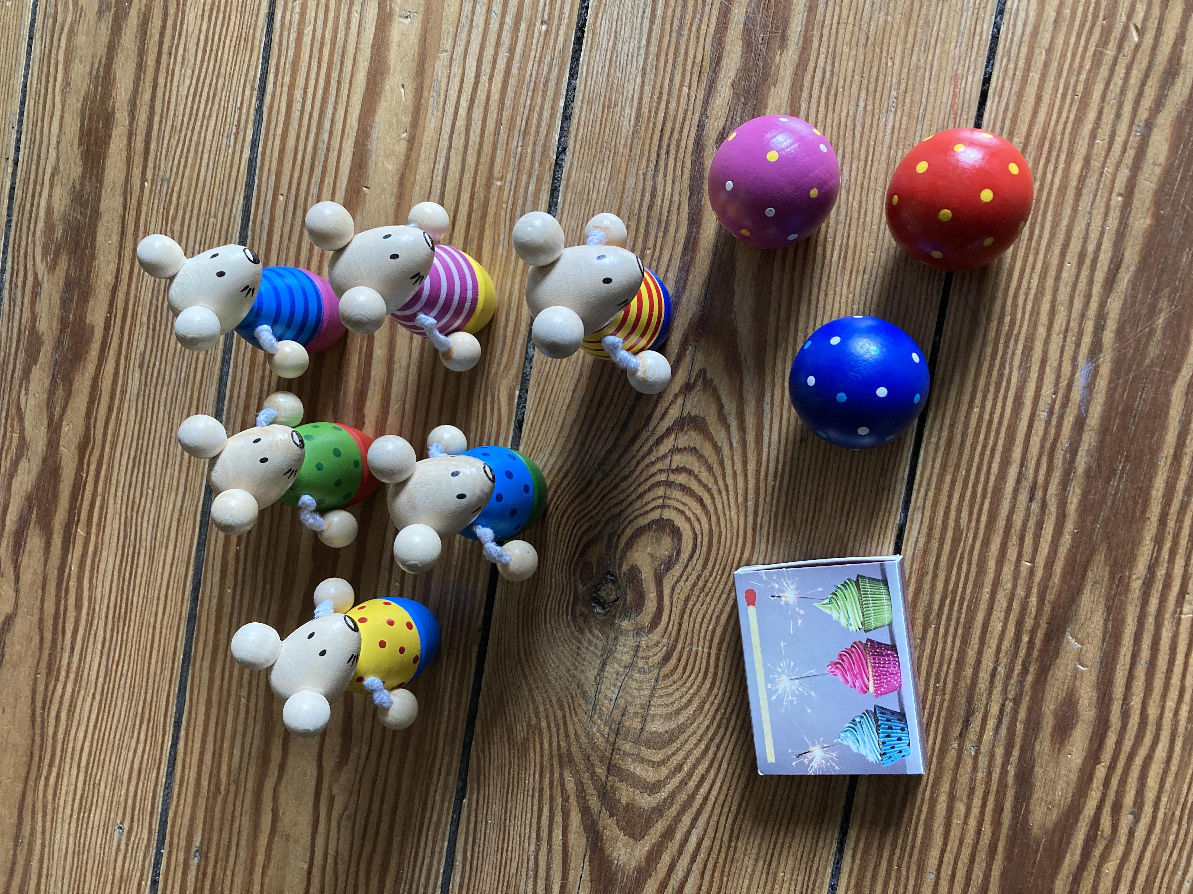 Kegelspiel Mäuse aus Holz tauschen