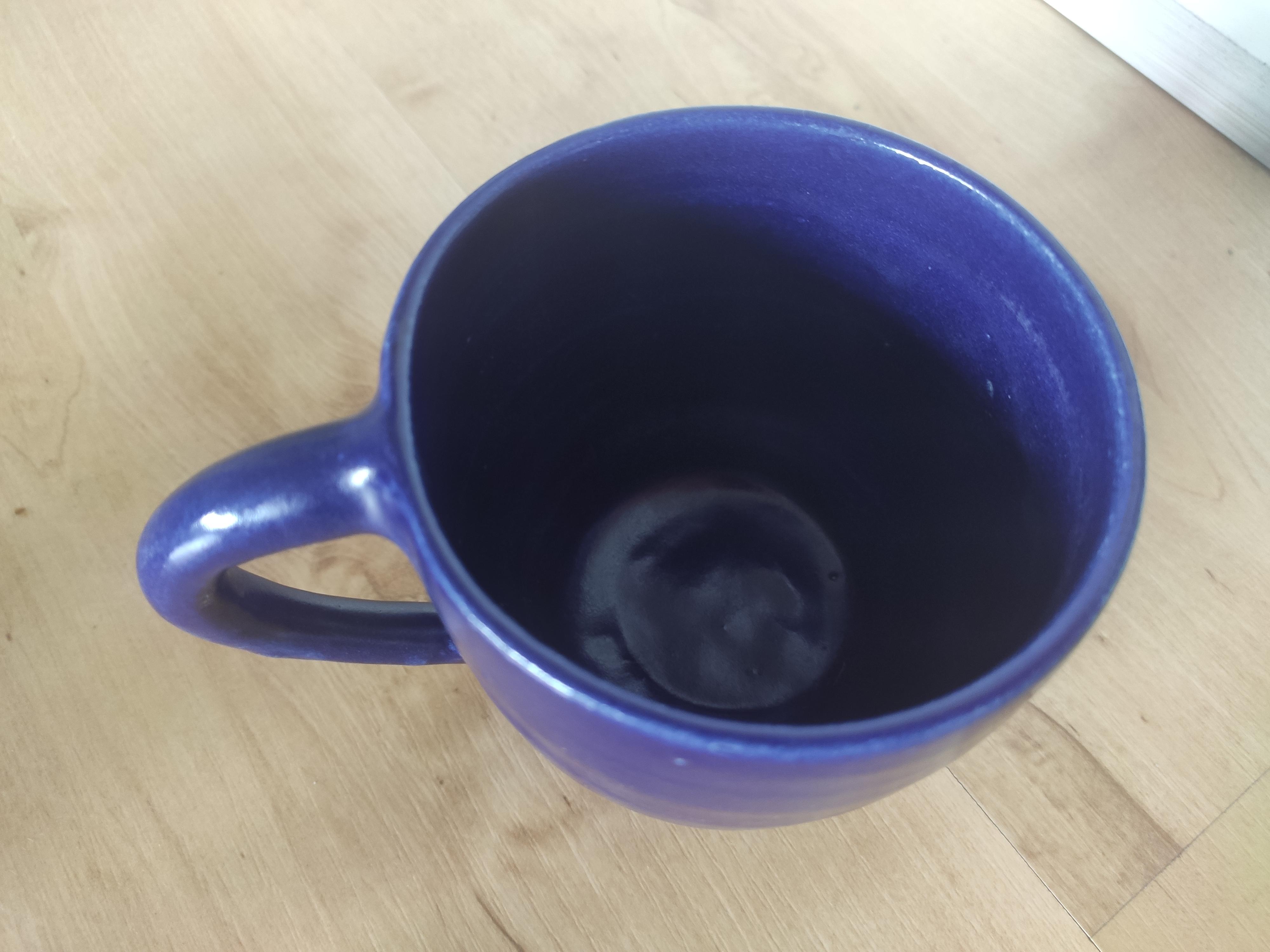 Tasse dunkelblau kostenlos
