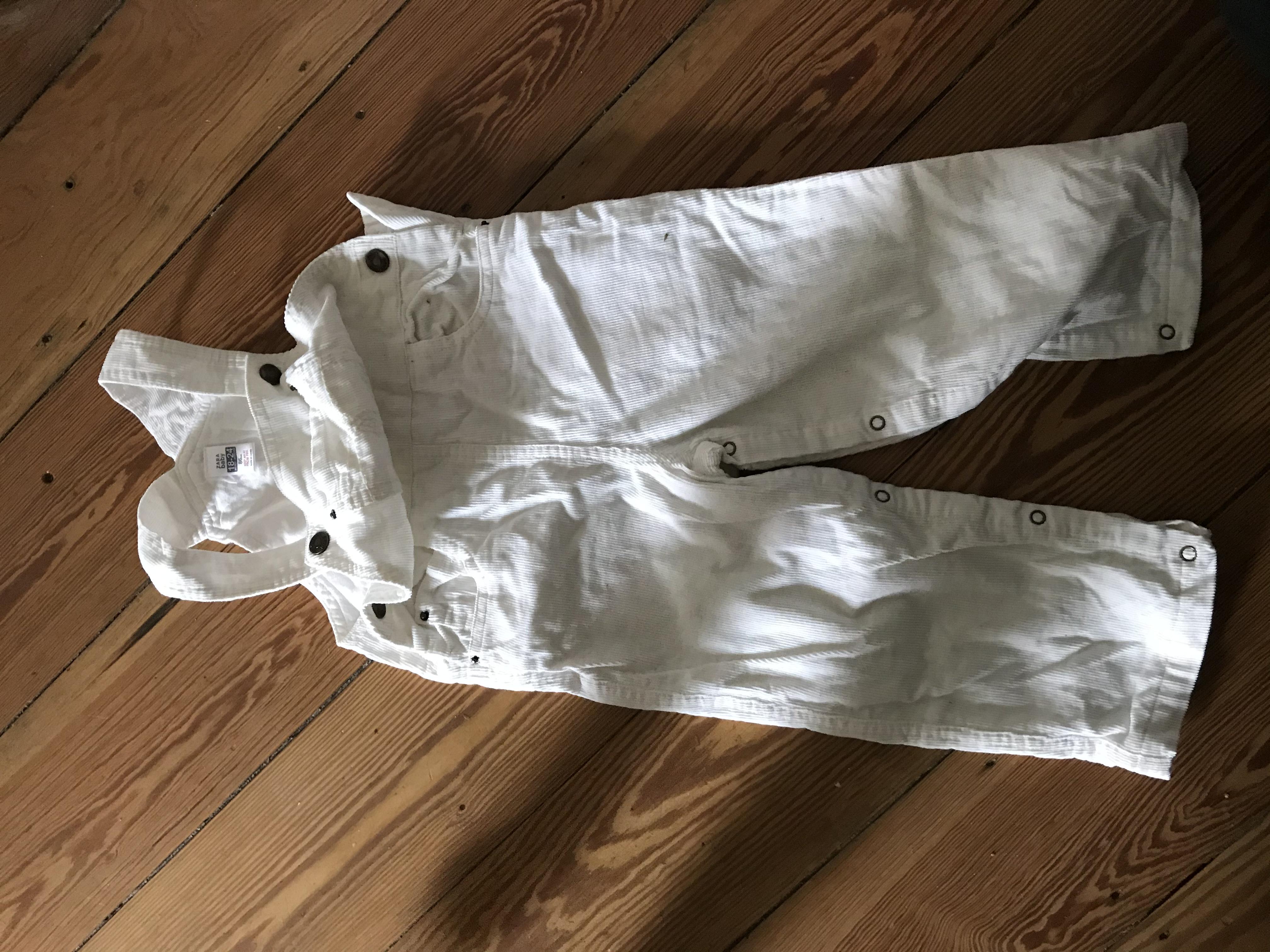 Latzhose weiß cord 86/92 tauschen