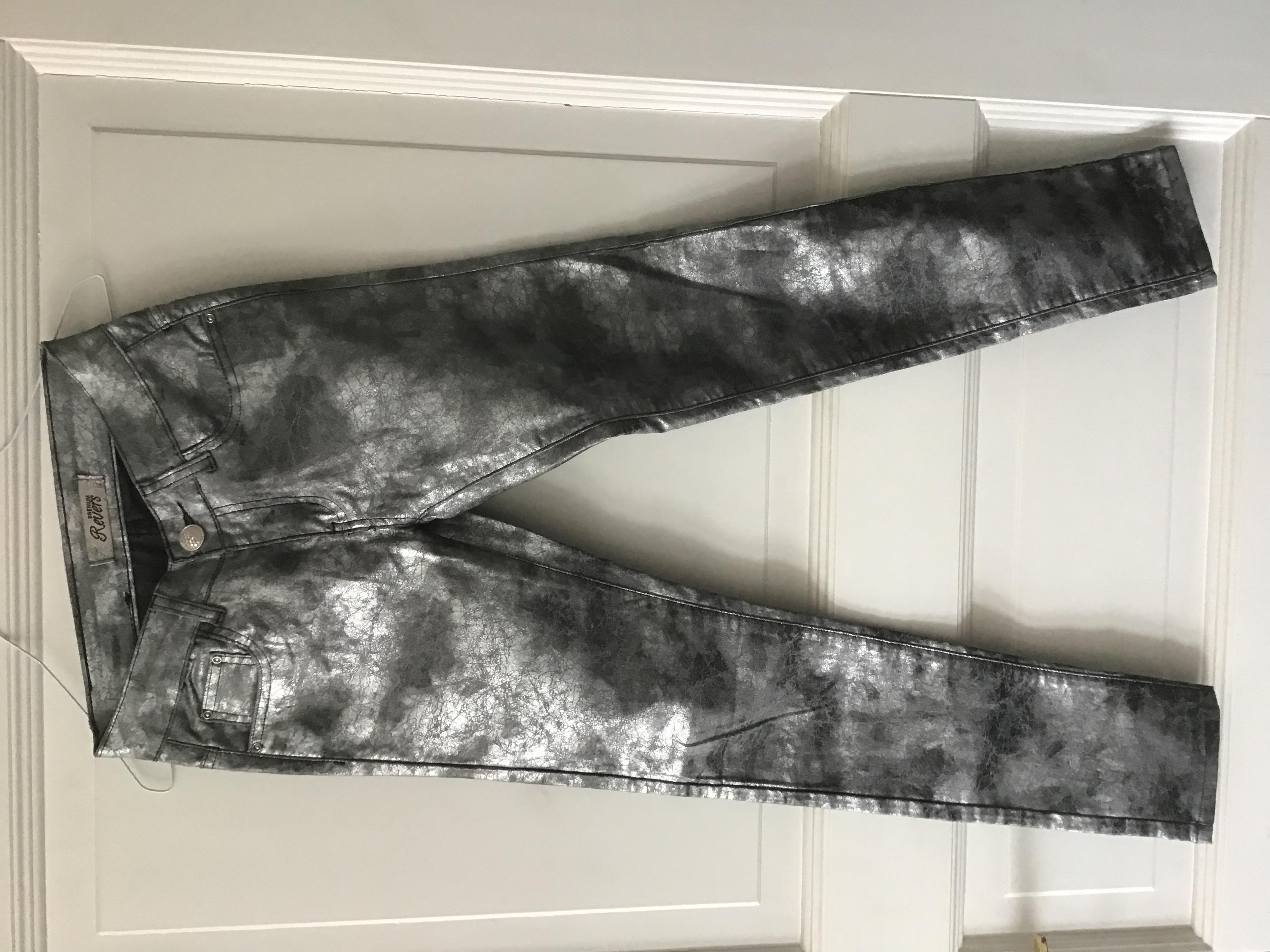 Silberne Jeans XXS gr. 34 tauschen