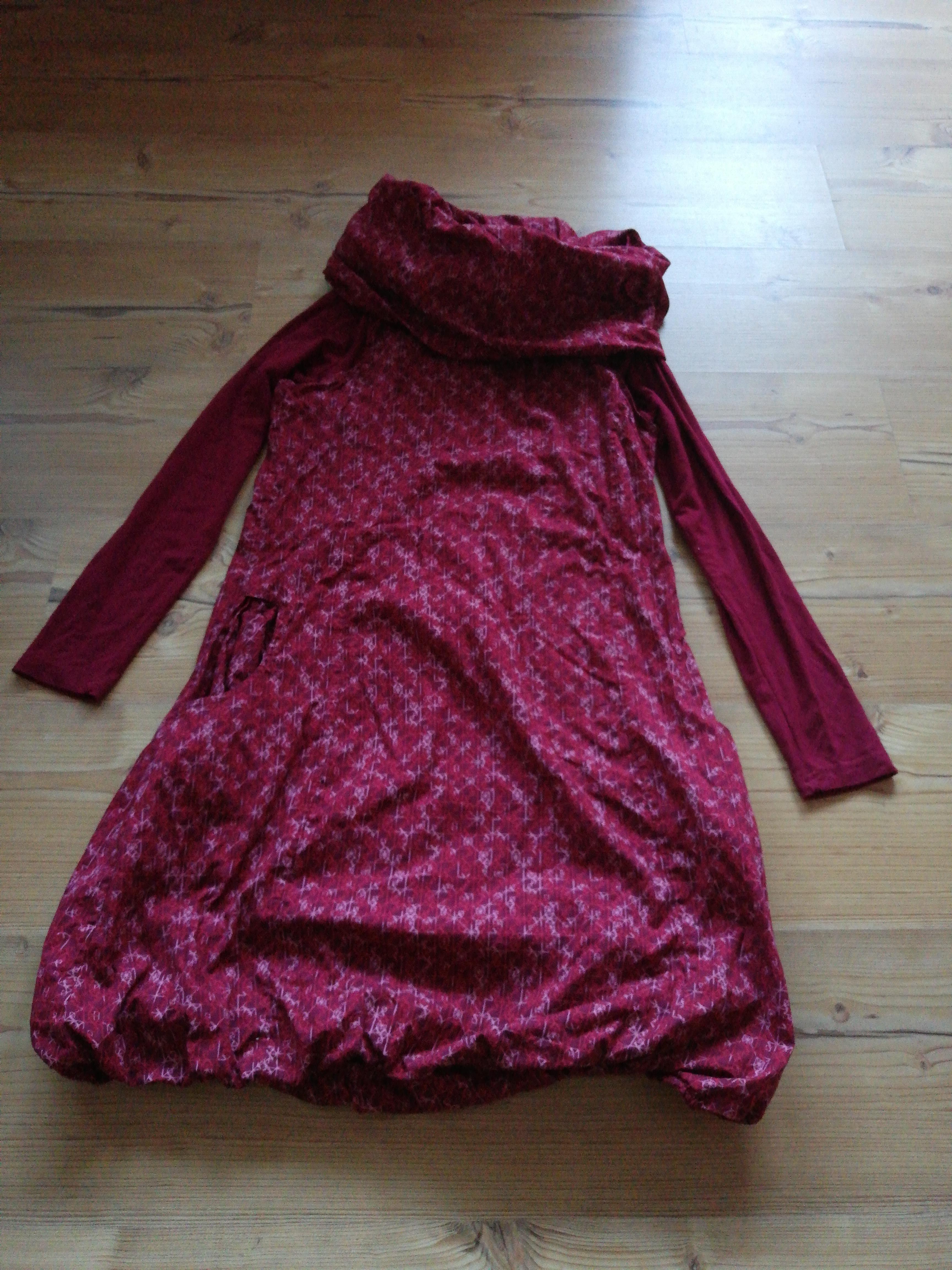 Gemütlich-schönes Kleid tauschen