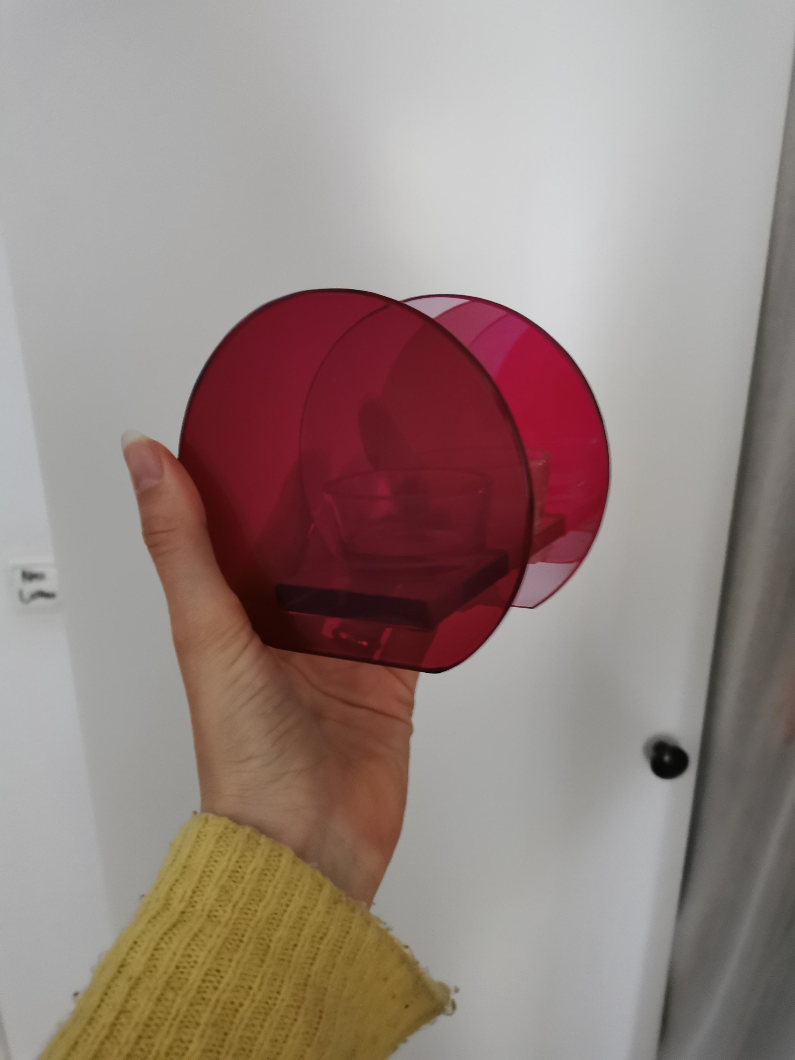 Pinker Teelichthalter neu tauschen