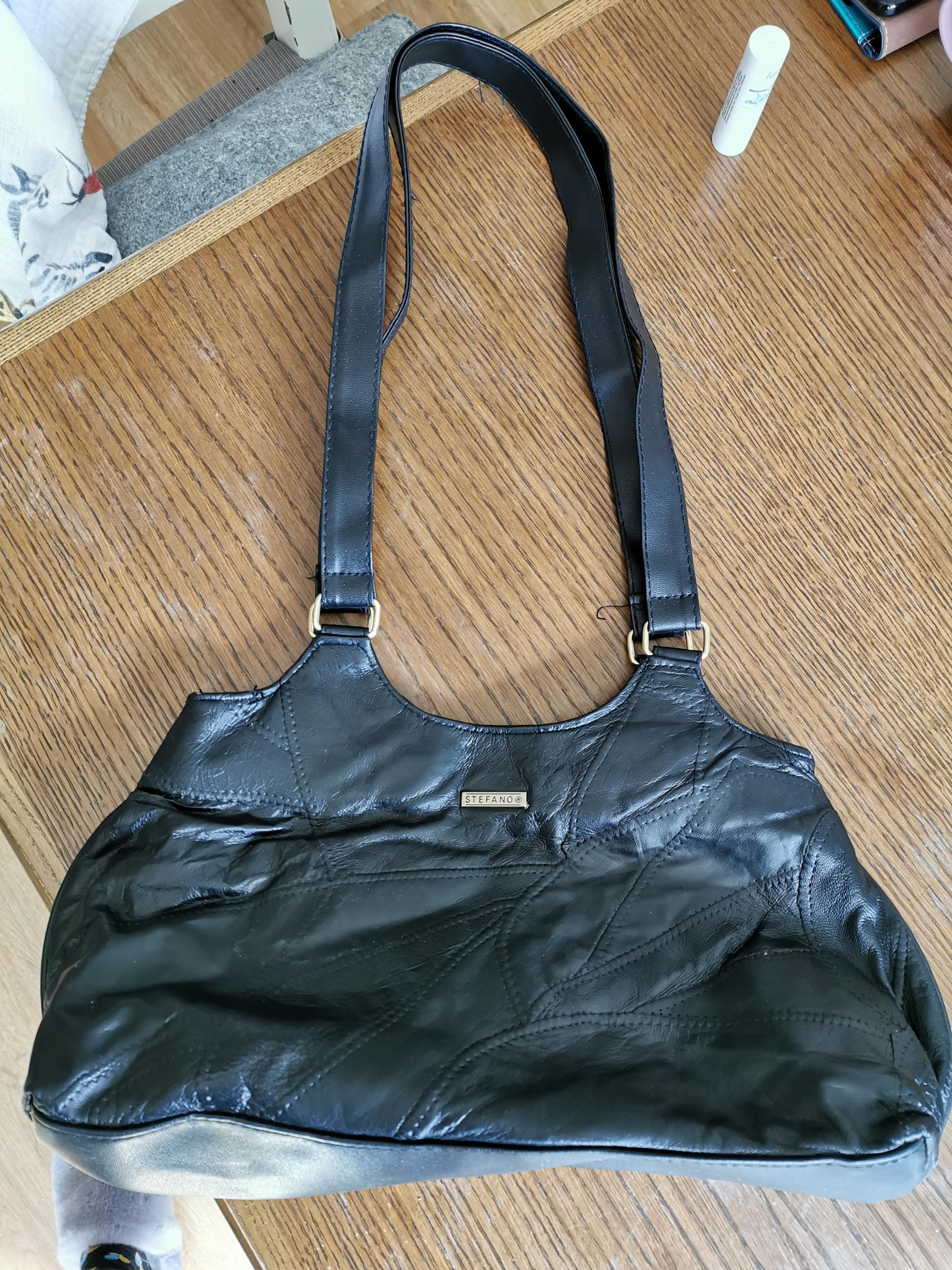 Damen-Handtasche schwarz Leder tauschen