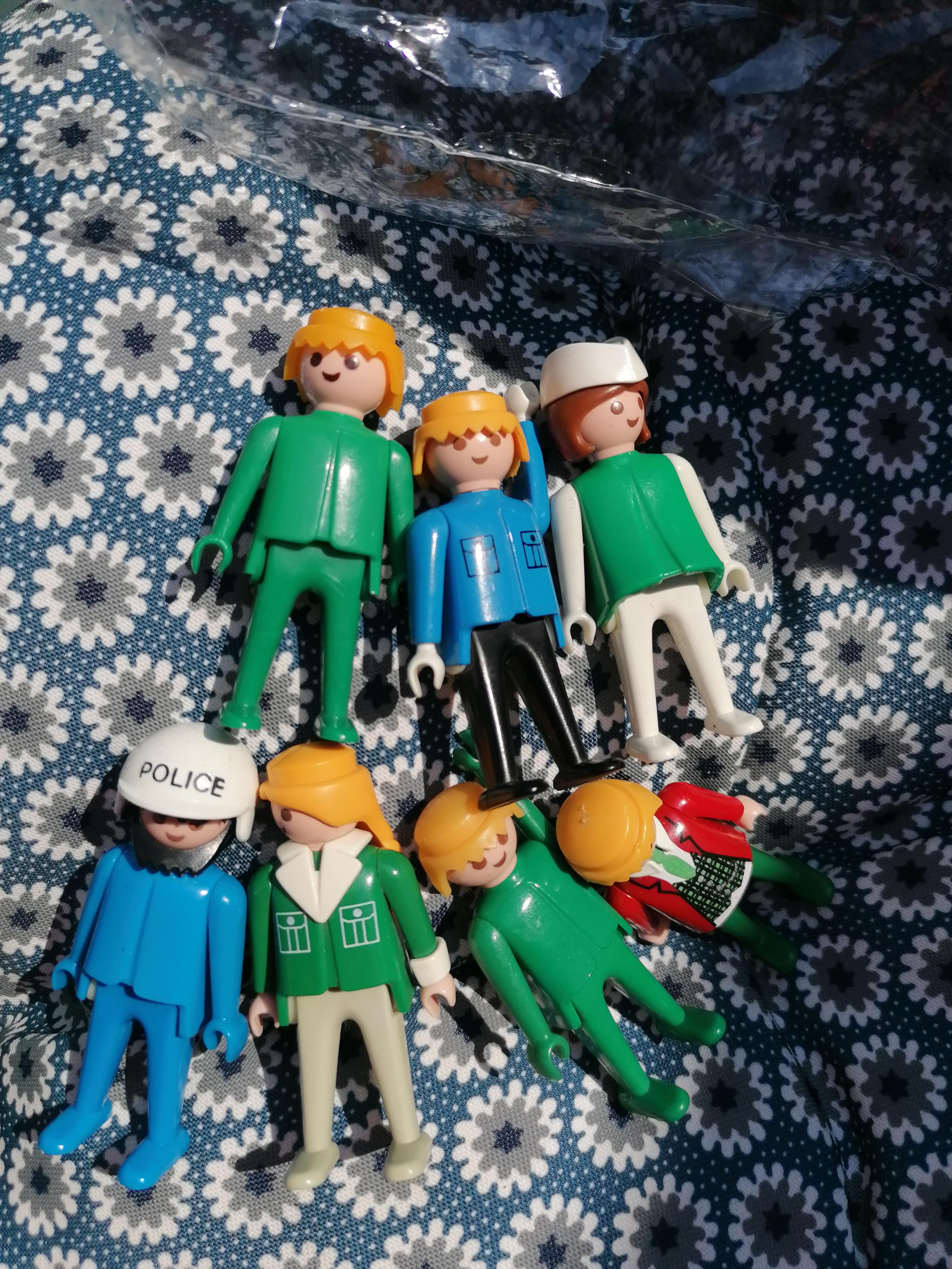 7 Playmobil Figuren  tauschen