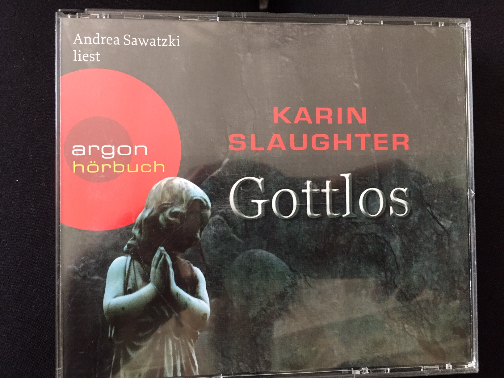 """Karin Slaughter """"Gottlos"""" tauschen"""