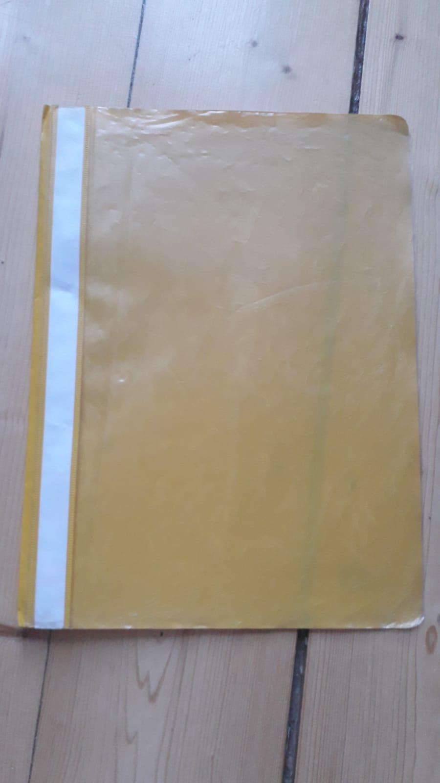 A4 Schnellhefter gelb tauschen