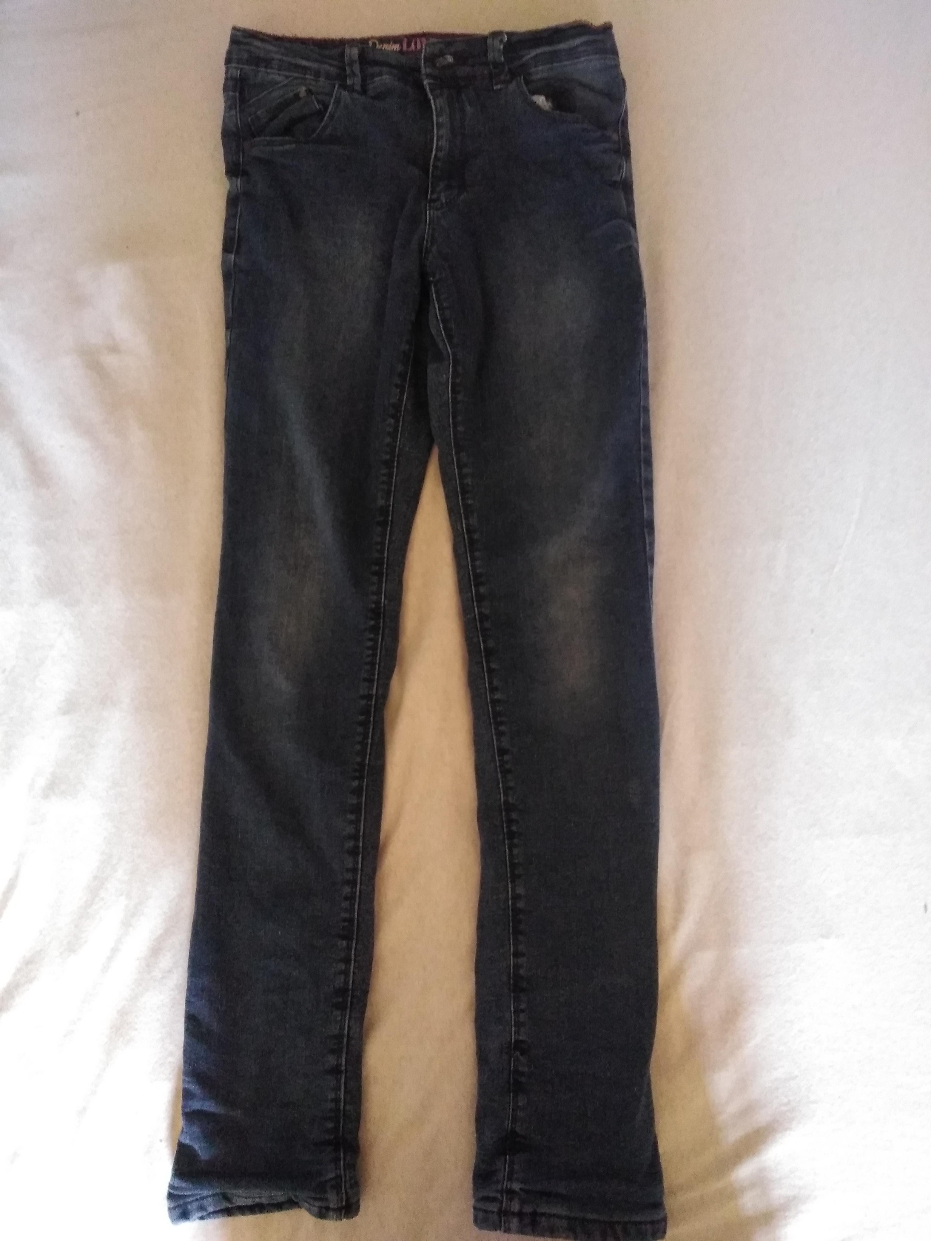 Gefütterte Jeans Gr. 152 tauschen