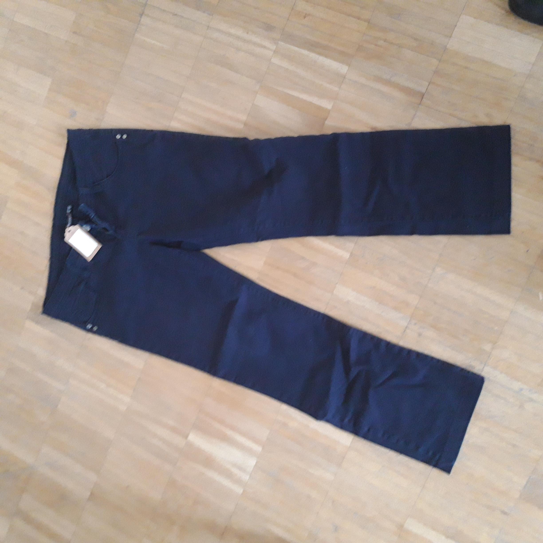 ESMARA Jeans Gr. 42 - dunkelblau tauschen