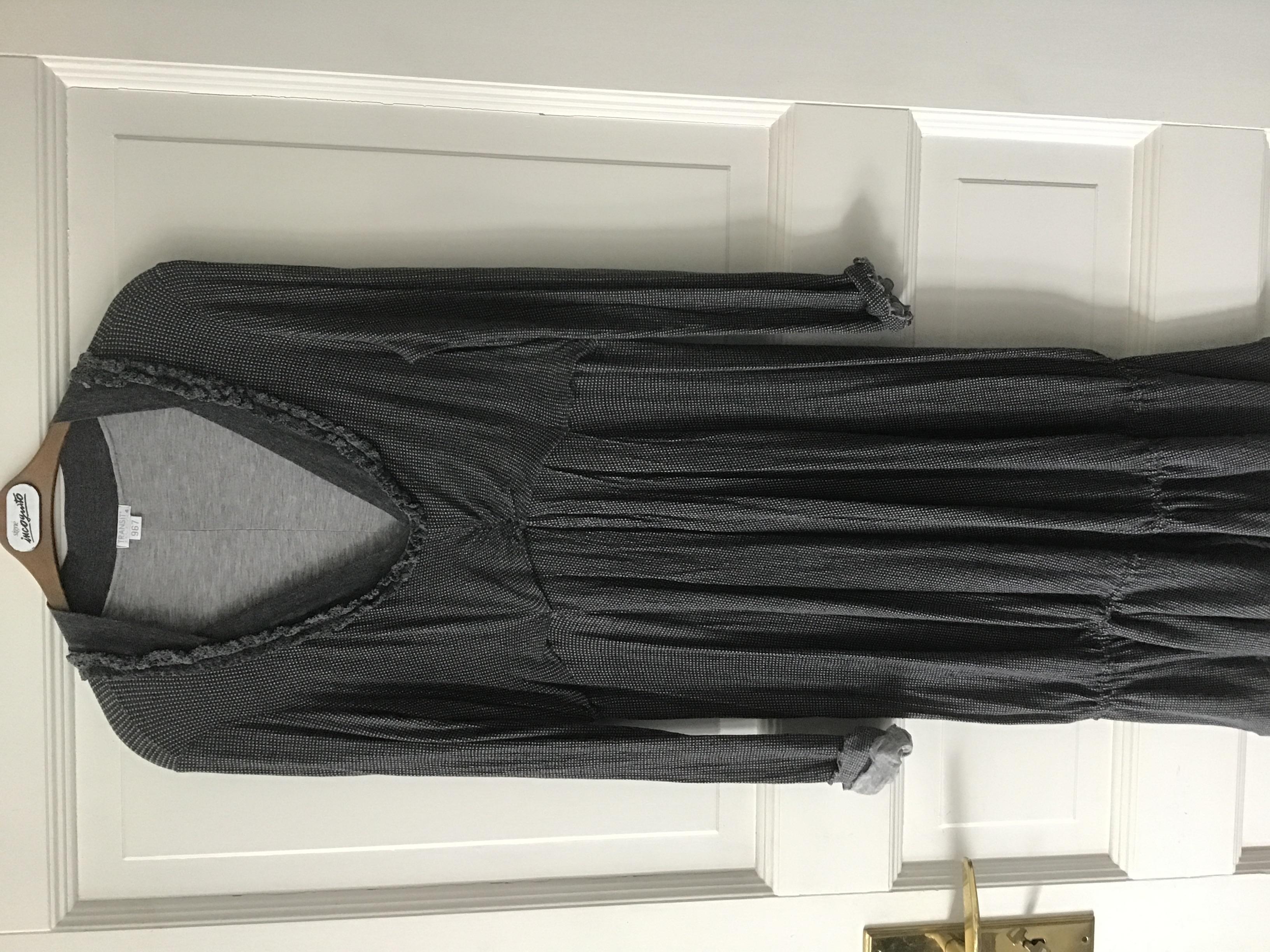 Kleid Größe M grau  tauschen