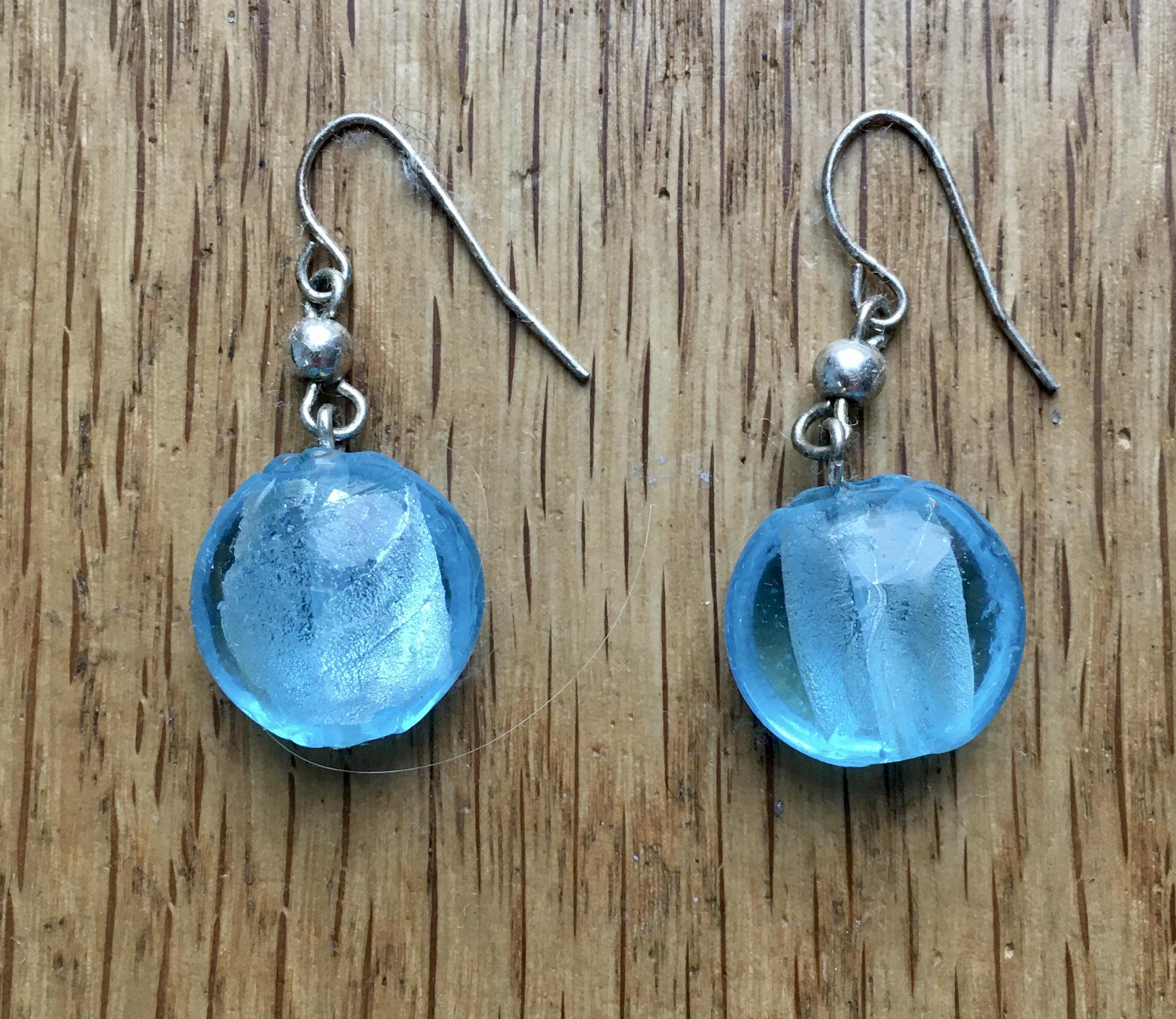 Blaue Ohrringe  tauschen
