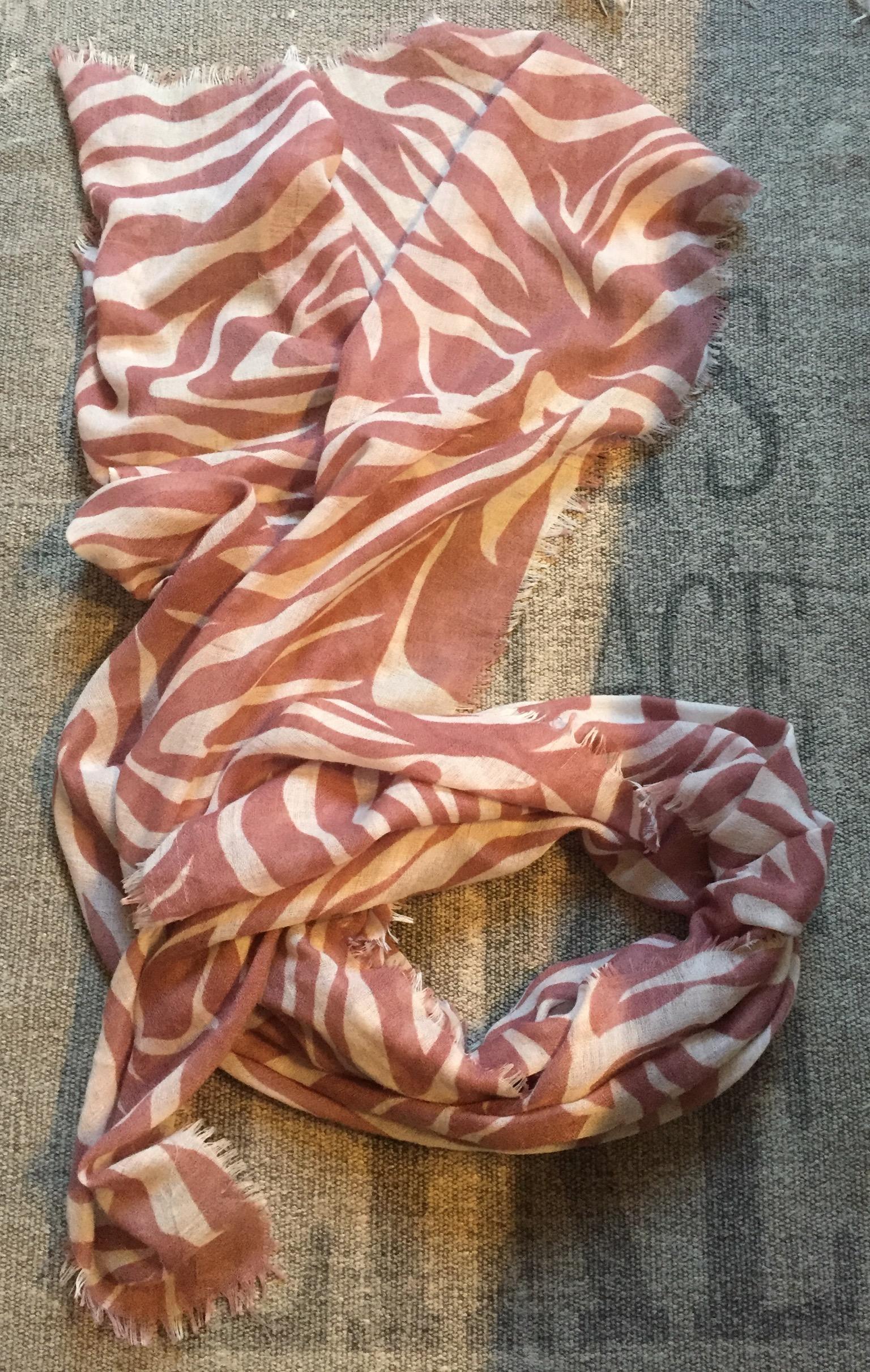 Tuch rosa und weiß  tauschen
