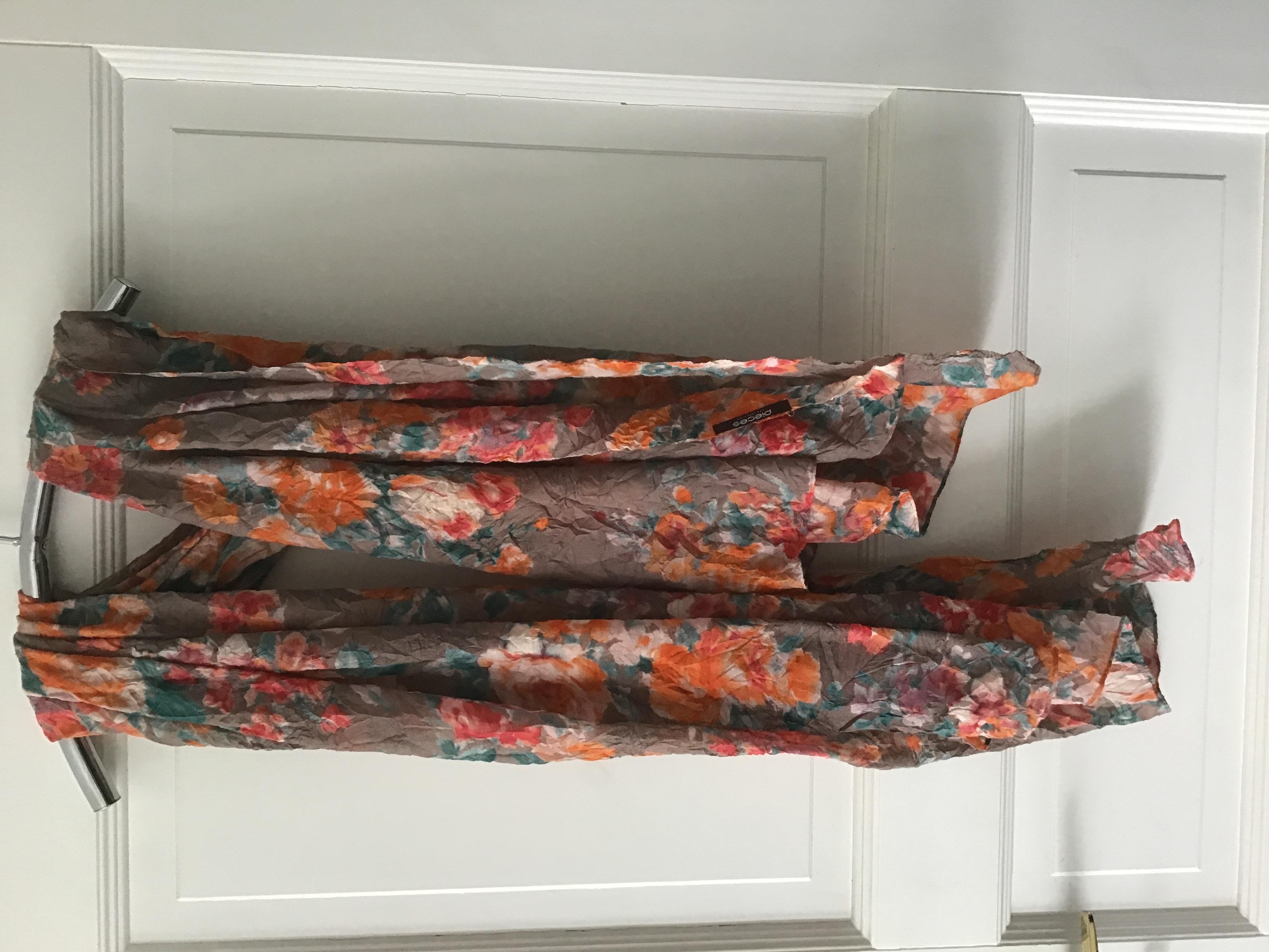 Übergroßer Schal Blumen Muster  tauschen