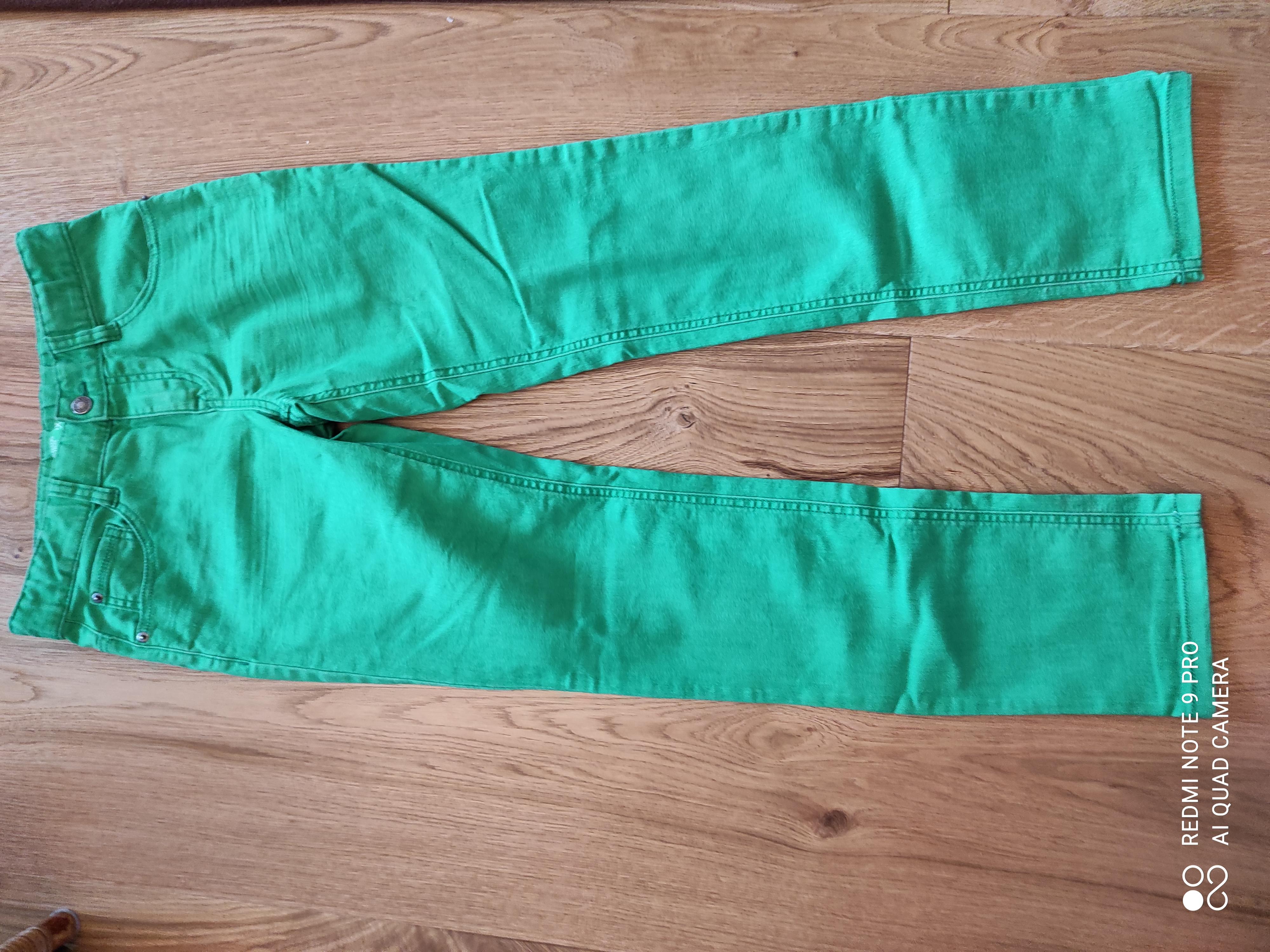 Grüne Jeans 160 cm tauschen