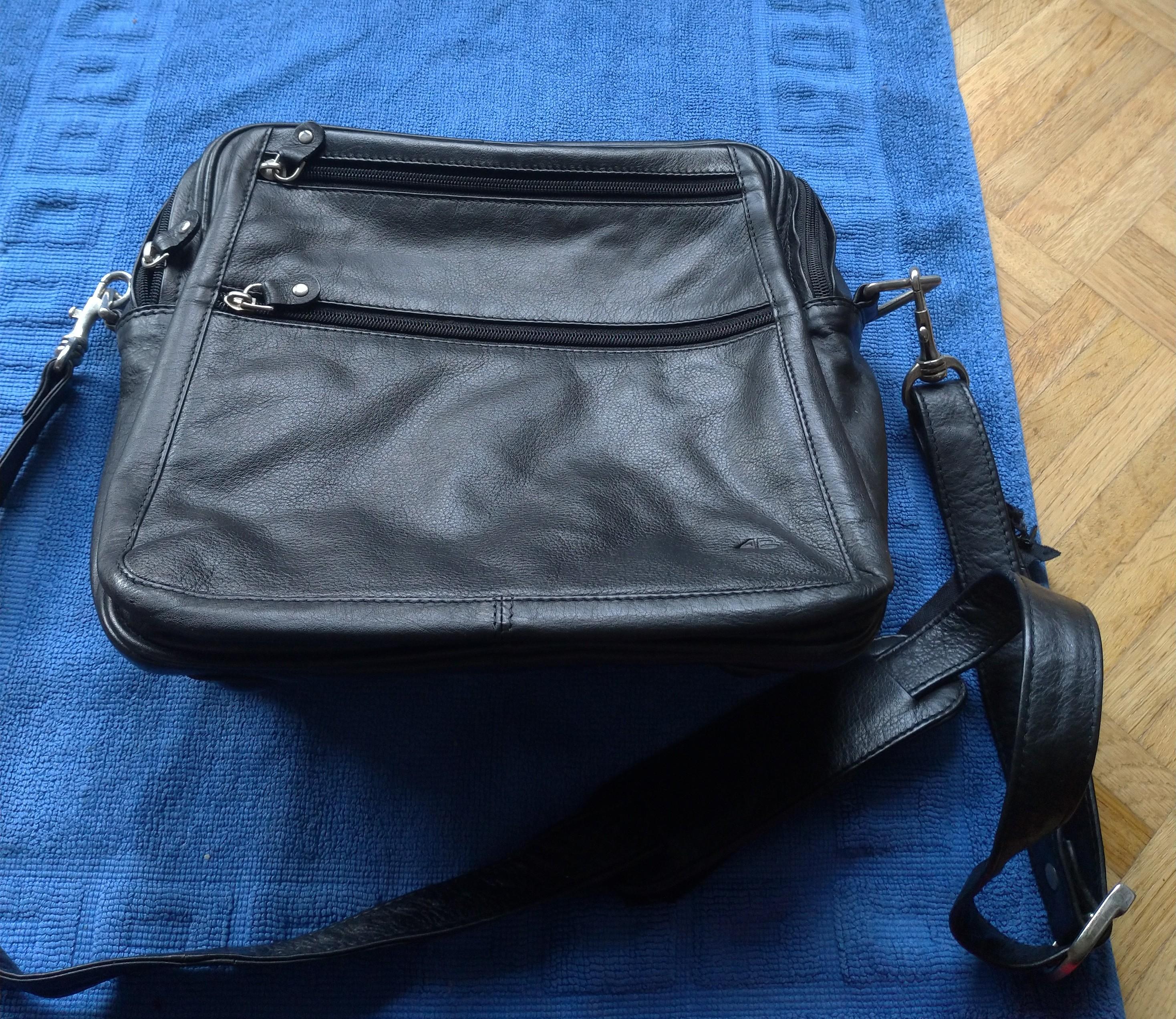 Schwarze Tasche tauschen