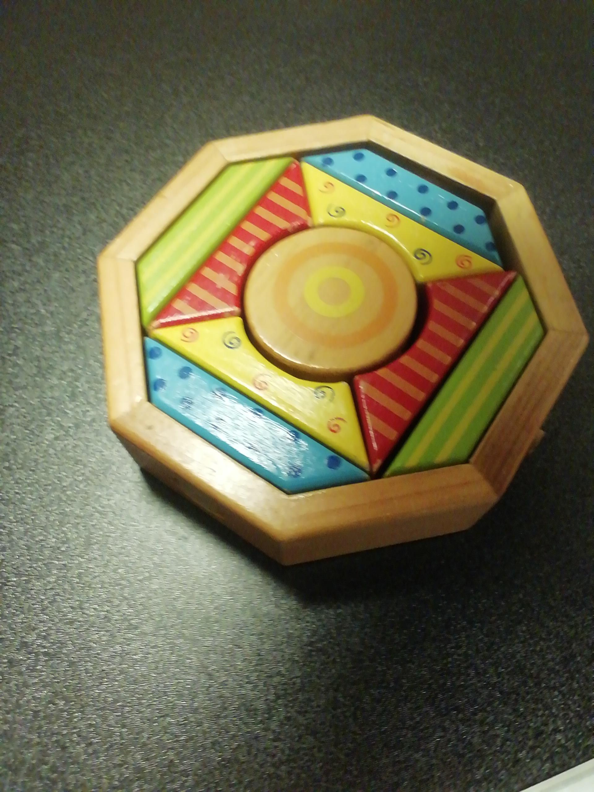 Holzspiel Kleinkind tauschen