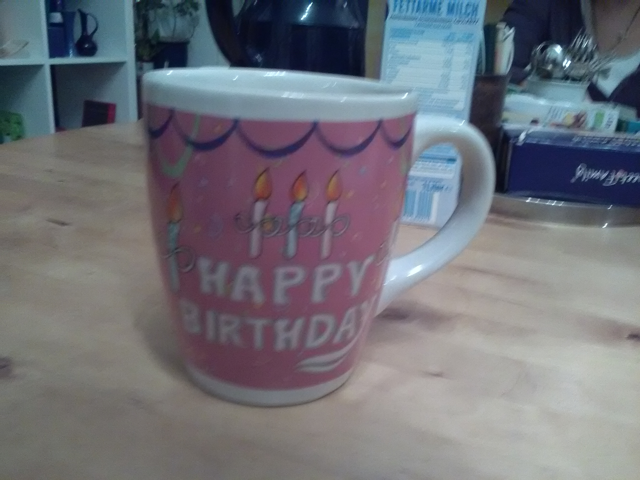 Tasse gross Happy Birthday kostenlos