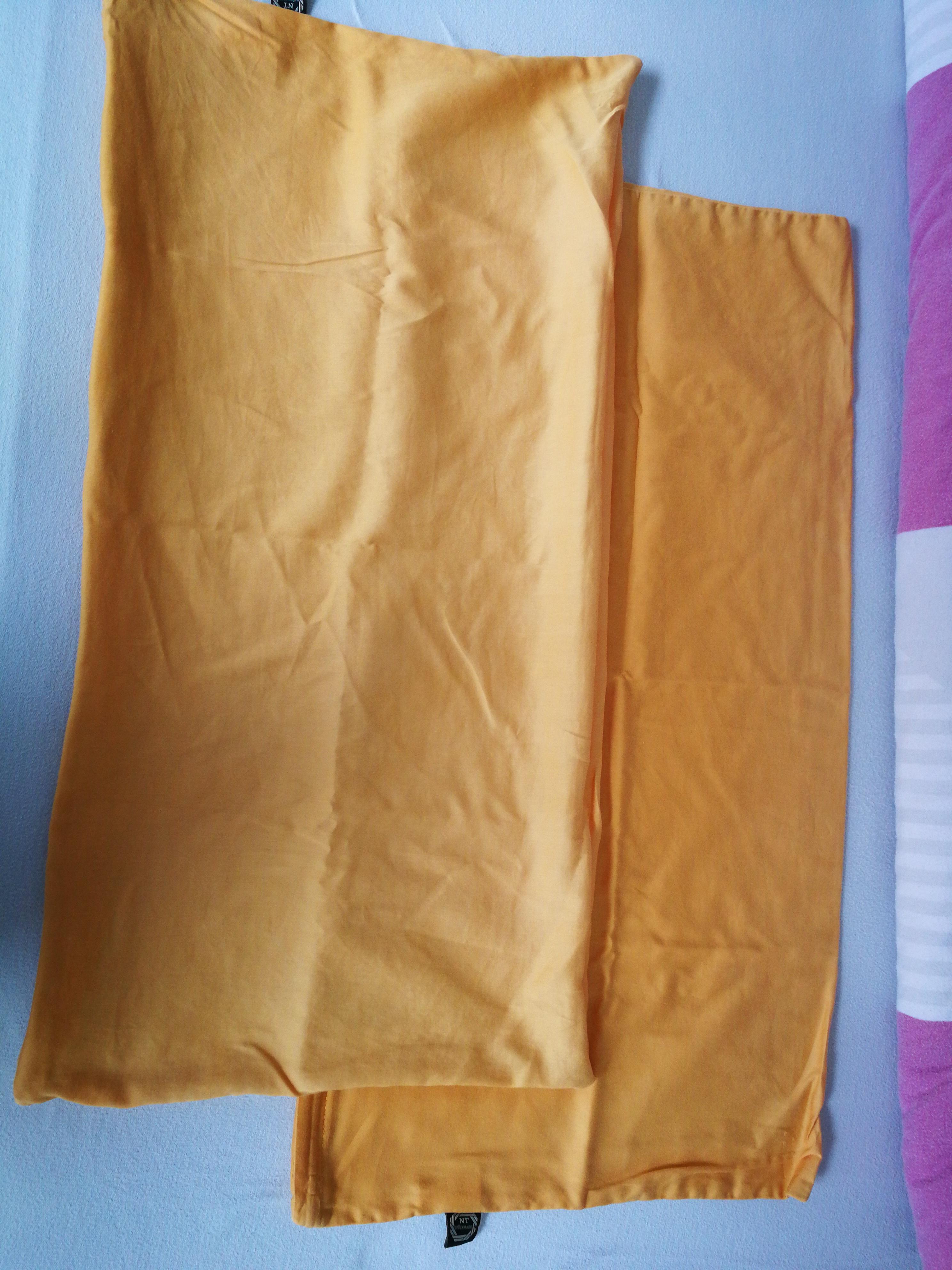 2 Kissenbezüge 40x80 cm tauschen