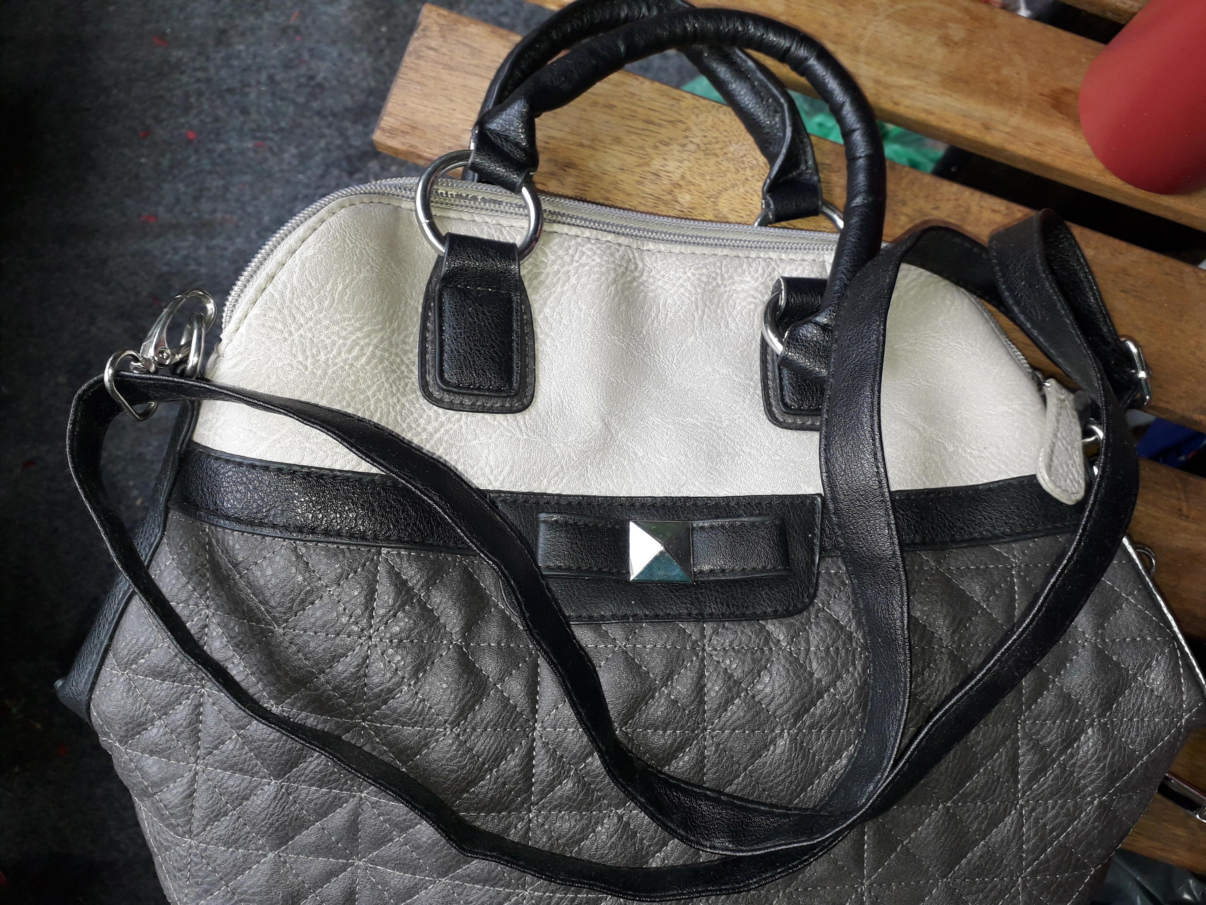Handtasche neu grautöne tauschen