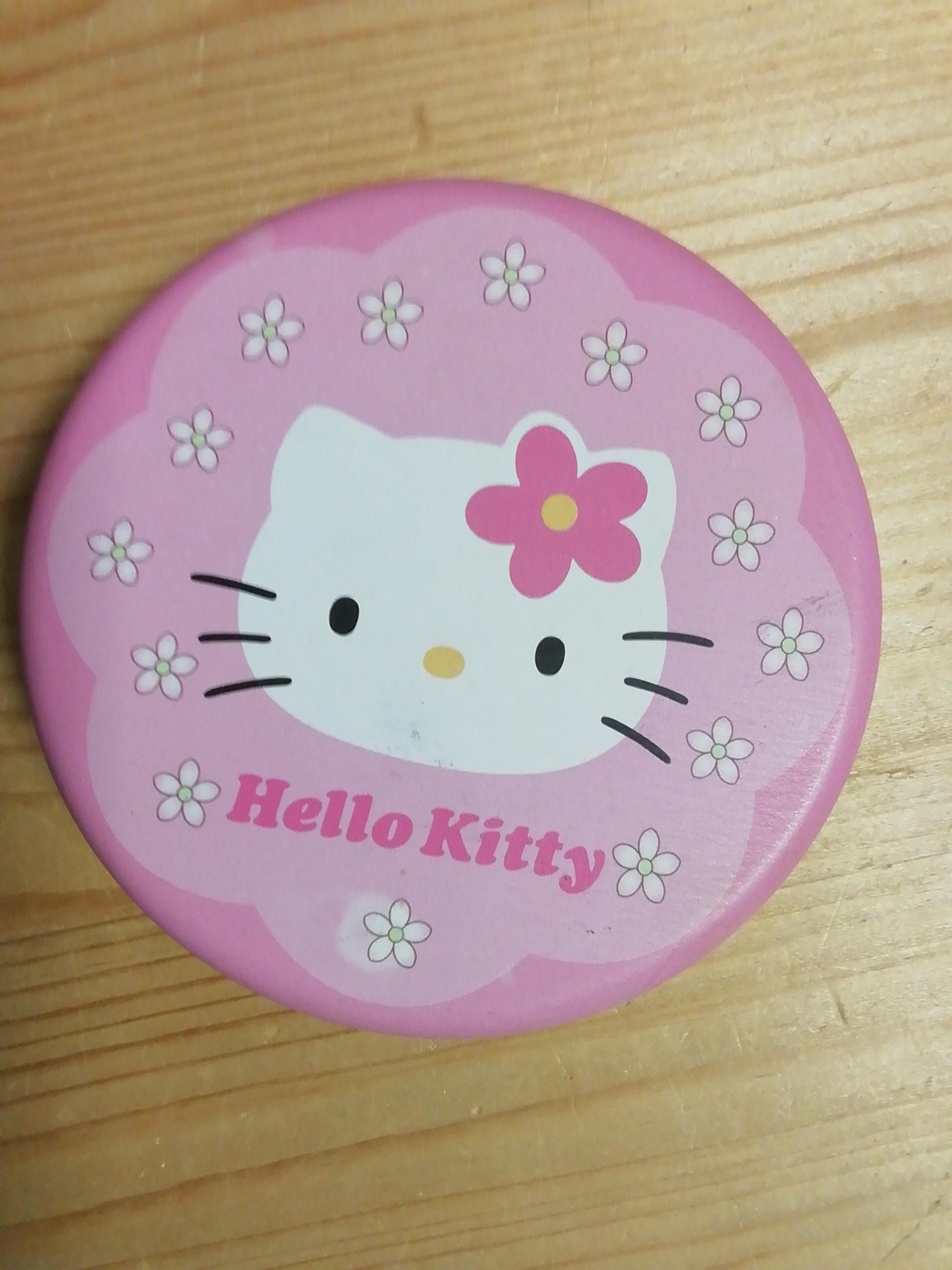 Hello Kitty Dose rund tauschen
